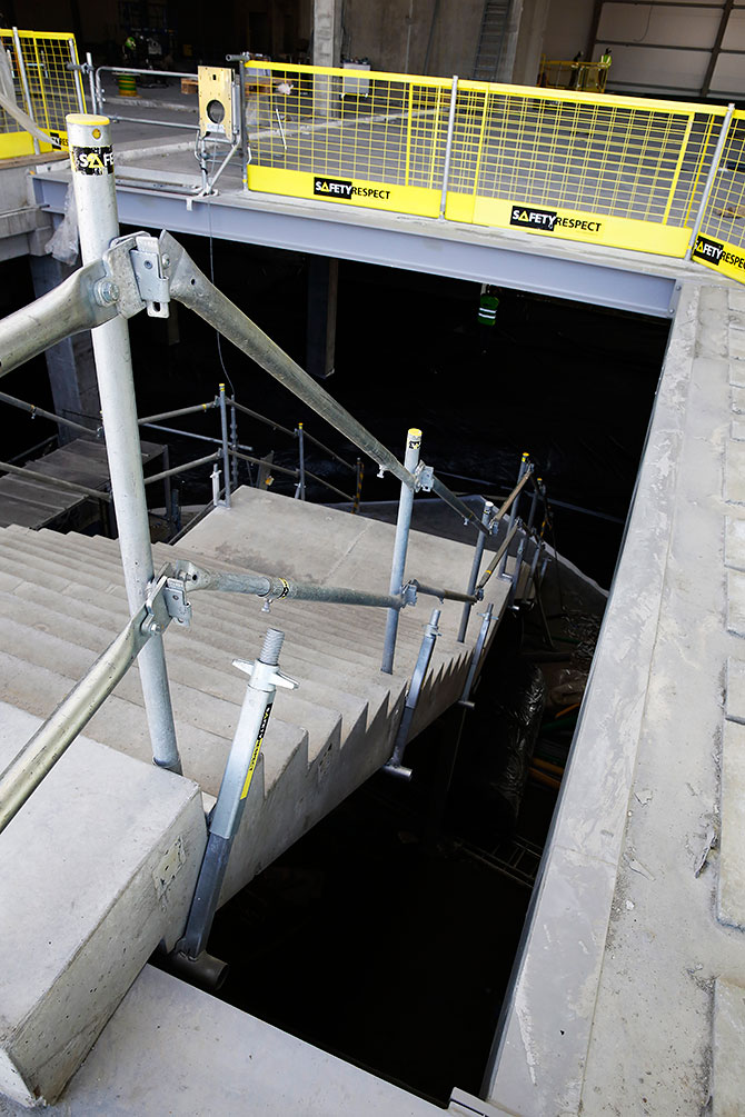 stairs_safetyrespect_5630