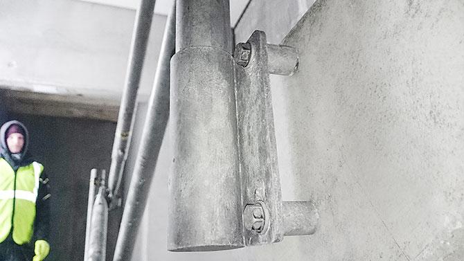 stair_bracket_safetyrespect_0051x