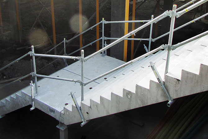 stairs_safetyrespect_0600cc