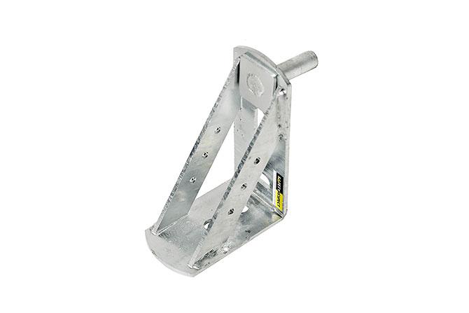 Asansör şaft boşluğunda platform/çalışma yüzeyi şaft iç yüzeyine monte edilen platform konsolu ile sağlanır.